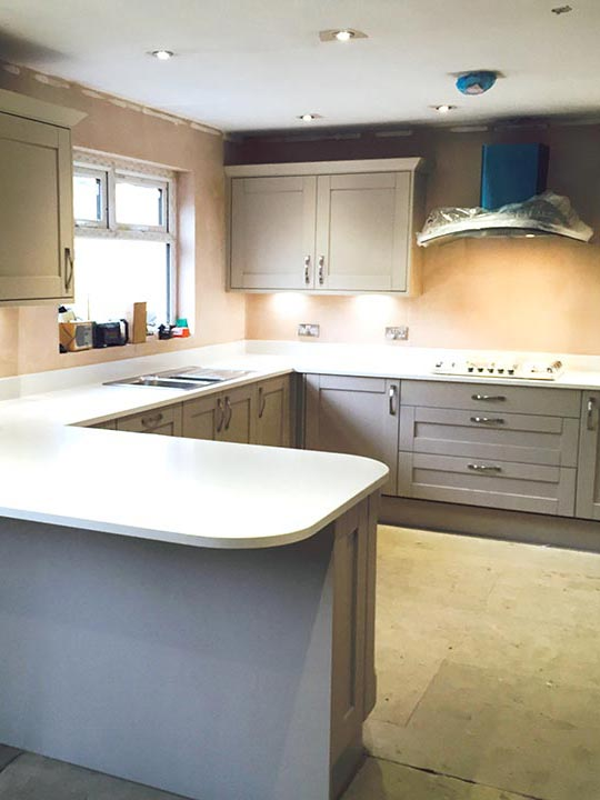 Solid oak kitchen quartz worktop